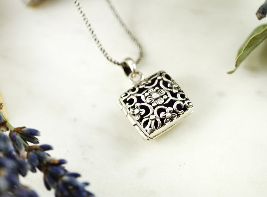 square essential oil necklace 1